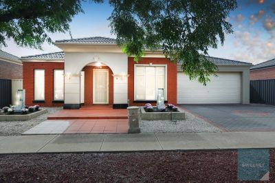 Convenient, Low Maintenance Living In A Great Location!