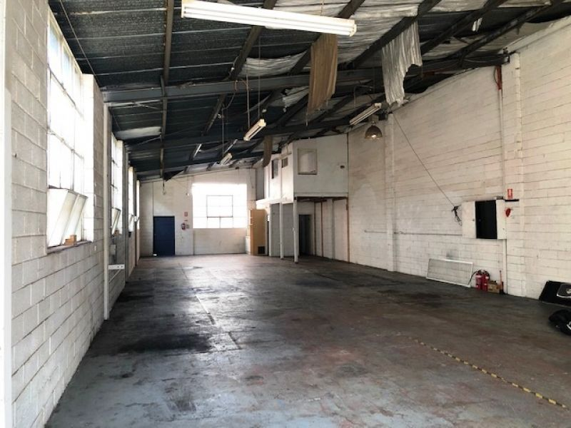Fantastic Industrial Building in Highly Sought-After Location!