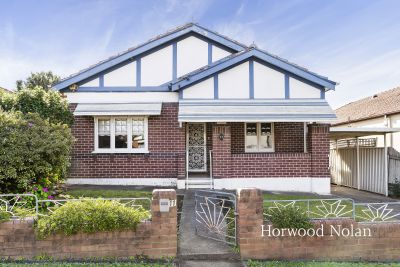 Perfect North-East to rear aspect and superb scope in a tightly-held enclave, just footsteps from parks, schools and local cafe's.