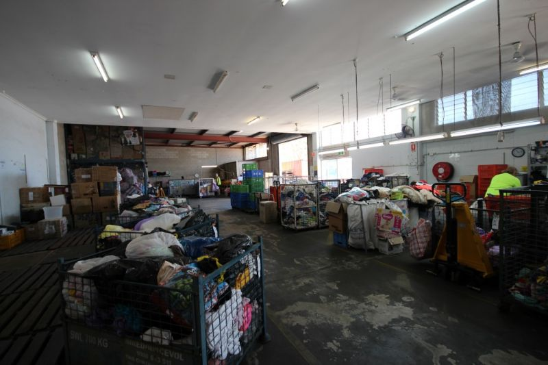 Centrally located Warehouse - Currajong