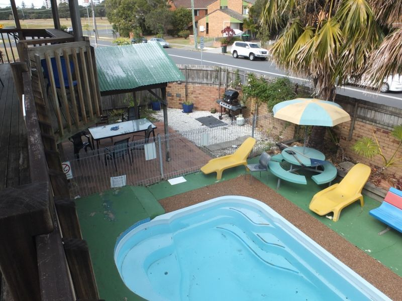 Backpacker Hostel With Vacant Possession