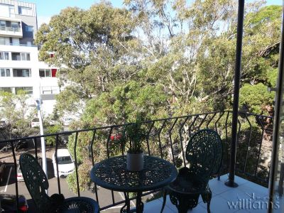 DELIGHTFUL APARTMENT IN THE HEART OF DRUMMOYNE