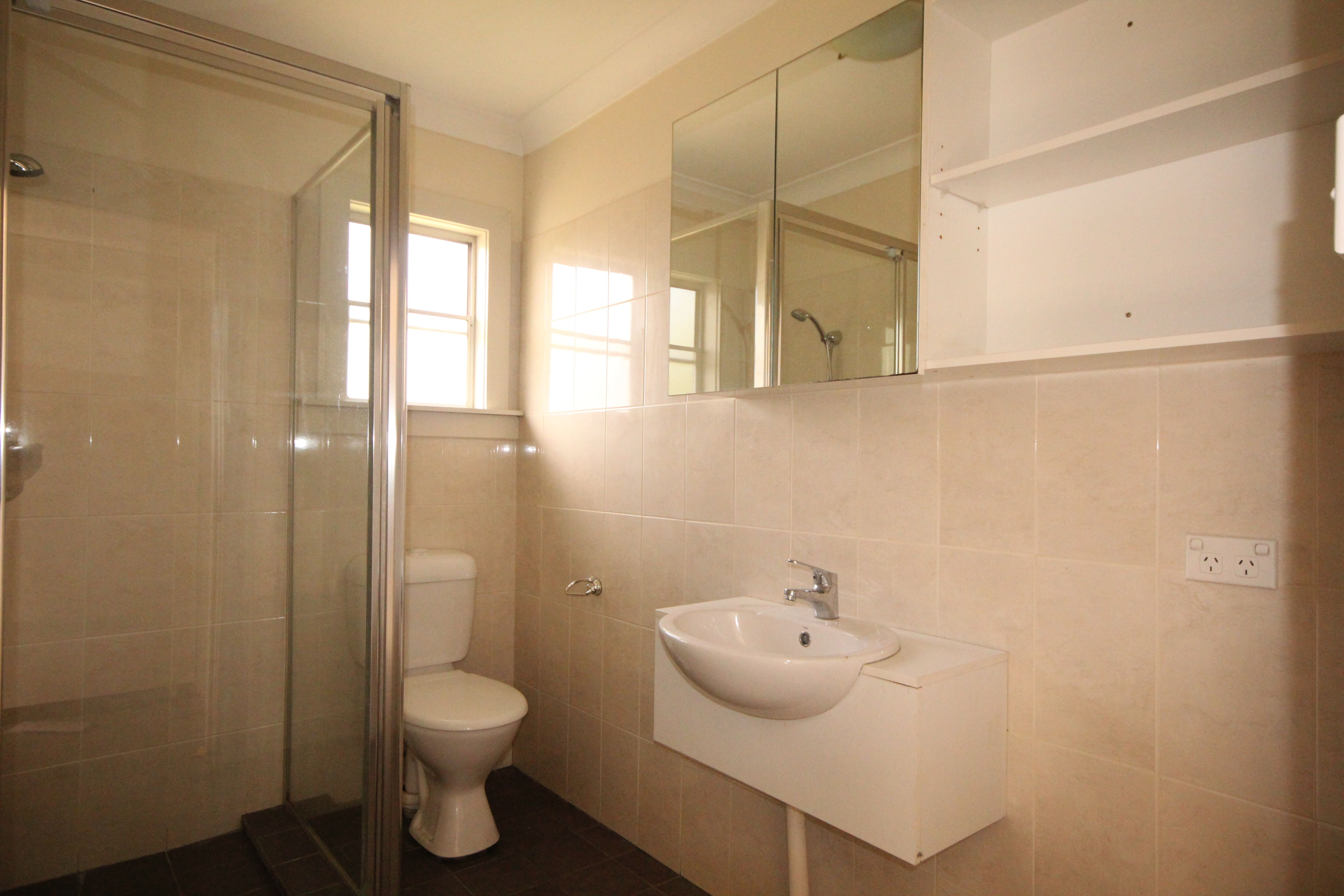 4A Lilydale Avenue, Peakhurst NSW 2210