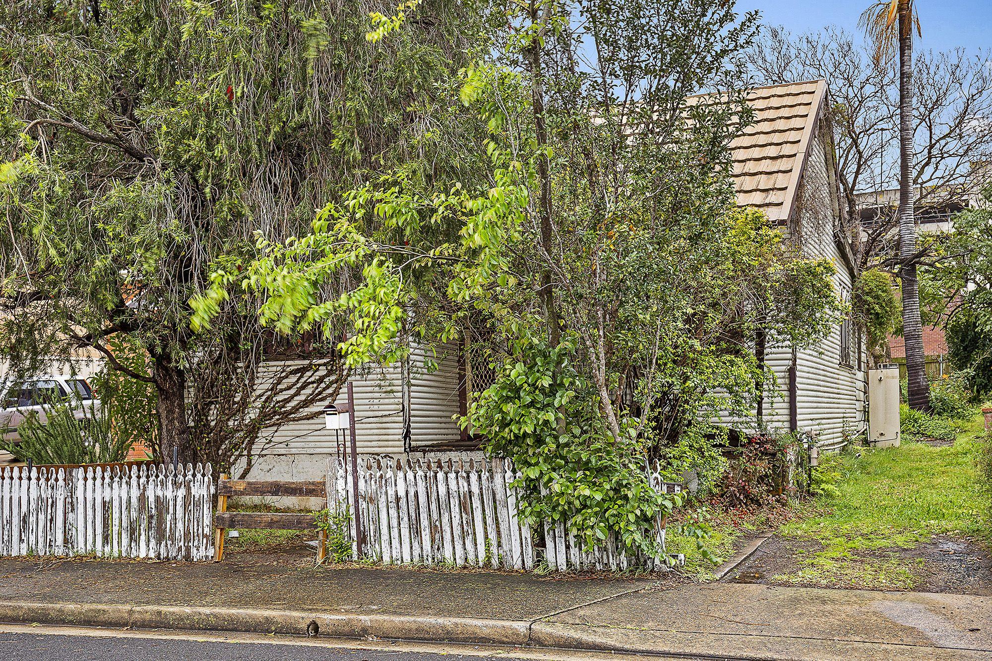 3 Elliott Street North Strathfield 2137