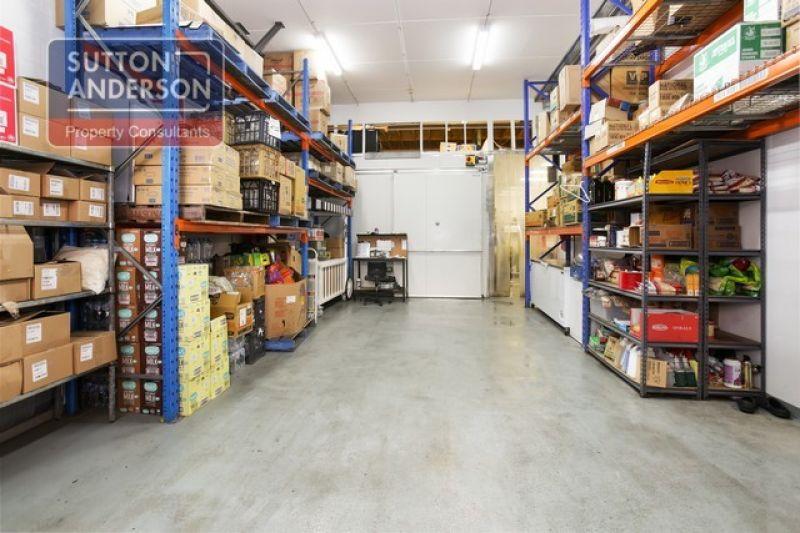 ARTARMON - Commercial Kitchen