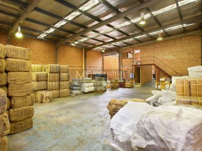 345sqm - Rear, High Clearance Warehouse