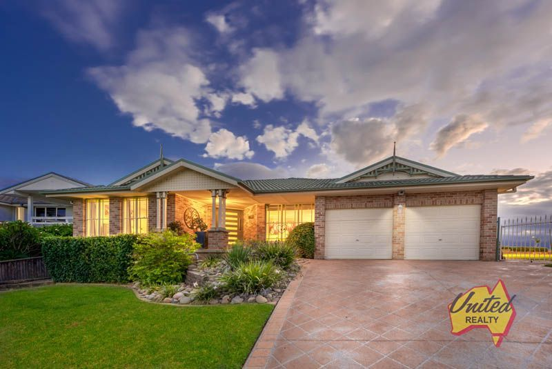142 Abington Crescent Glen Alpine 2560