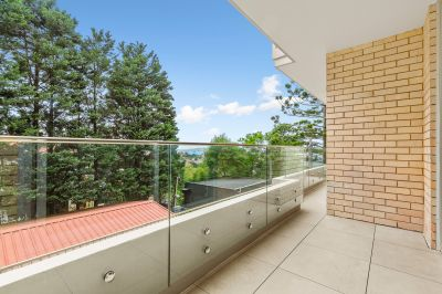 Renovated Two Bedroom Apartment in a Premier Location