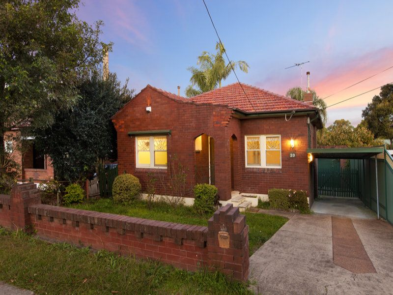 20 Currawang Street Concord West 2138
