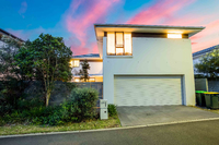 19 Bardo Circuit Revesby Heights, Nsw