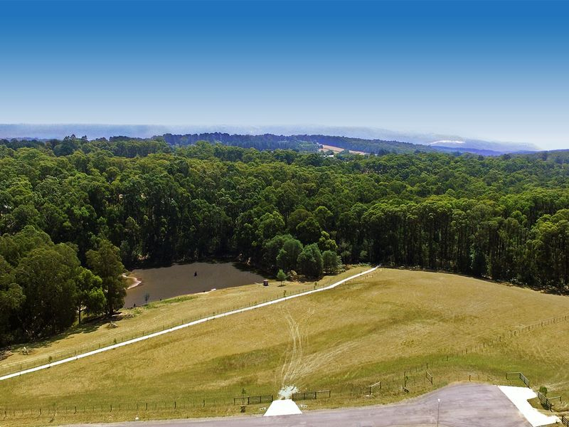 HOT LAND - 5.1 ACRES - READY TO BUILD