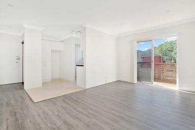 The Epitome of Style & Convenience - Newly Renovated One Bedroom Apartment!