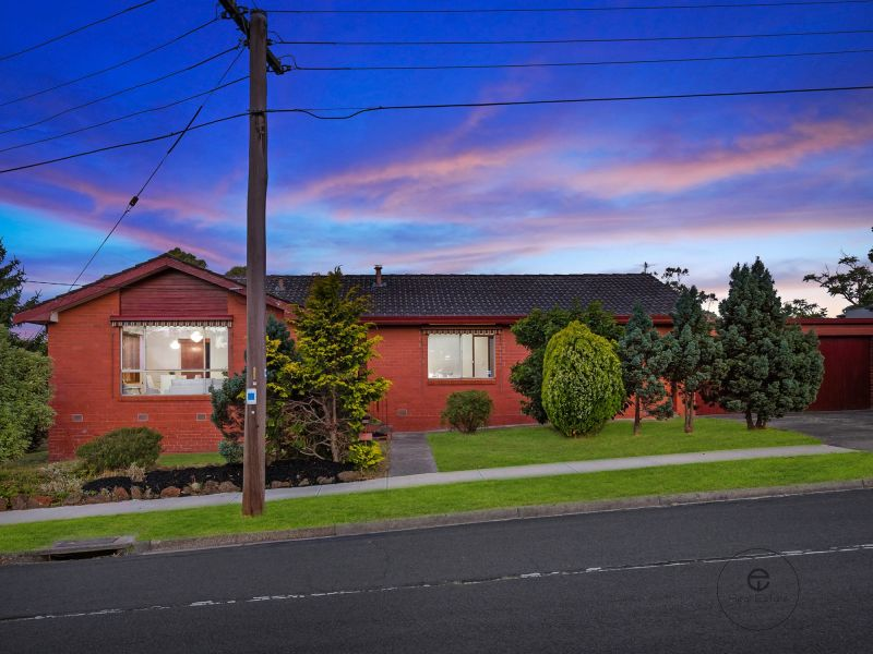 Reserve $820,000.00, 4 Bidders, SOLD $1,0O0,000.00