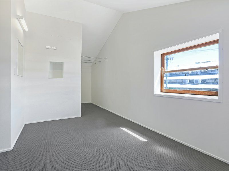 236sqm Showroom/Office/Warehouse