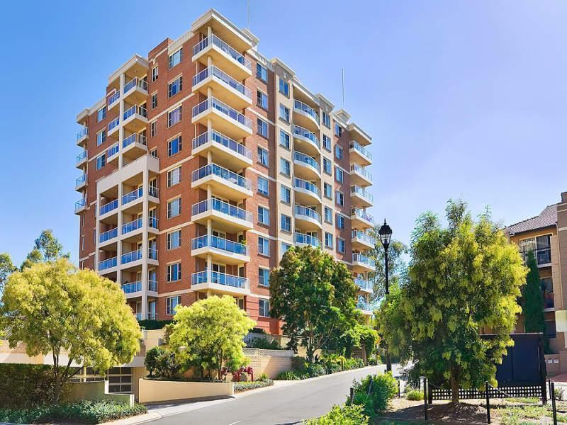 903/10 Wentworth Drive, Liberty Grove