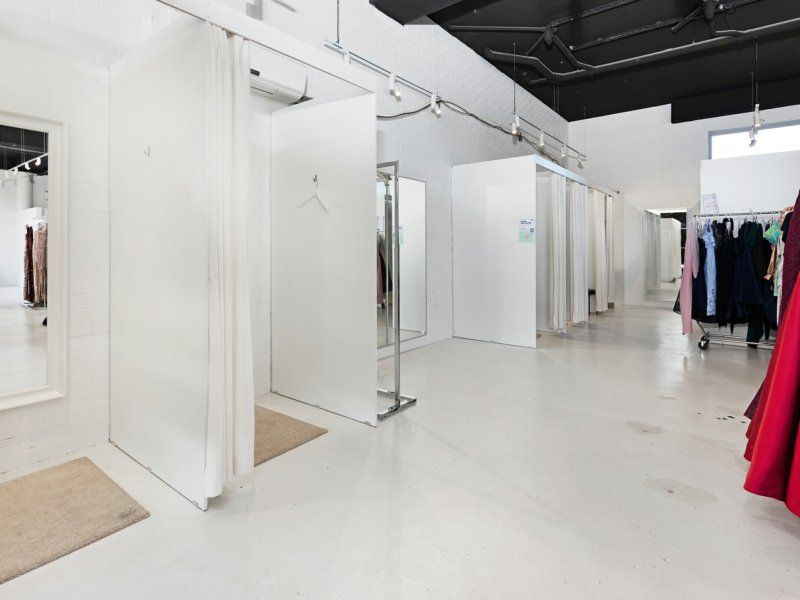 174 Sqm, High Exposure Vacant Possession Commercial Space, GUILDFORD