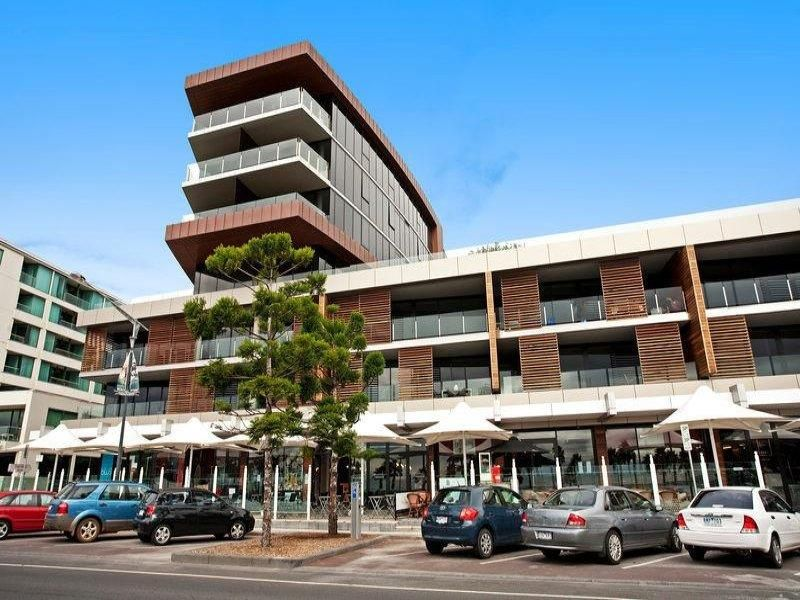 209/6-8 Eastern Beach Road Geelong