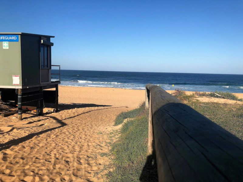 Retail, Cafe or Professional Just Steps from the Beach!