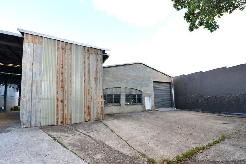 Noosaville Industrial Unit