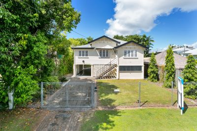 Gorgeous Queenslander - Close to Everything!