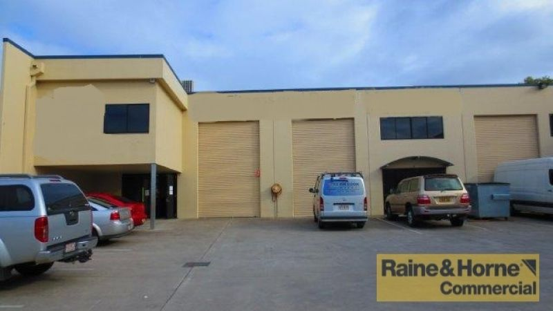 156sqm Clear Span Industrial Unit with Excellent Access