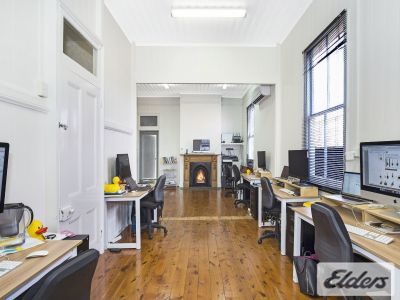 CHARACTER OFFICE WITH 3 CAR PARKS INCLUDED!