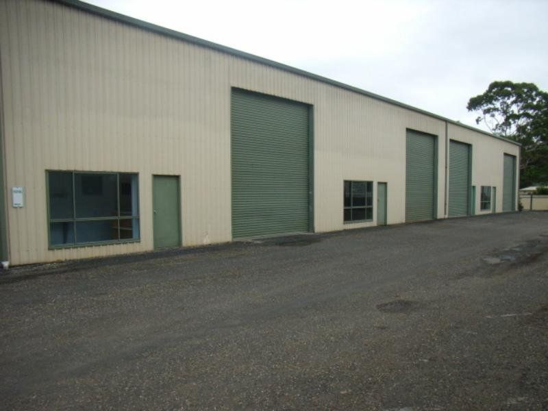INDUSTRIAL SHED - Prime Location