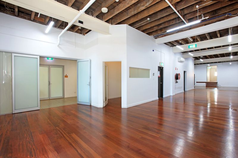 STRIKING WAREHOUSE OFFICE IN THE HEART OF SURRY HILLS