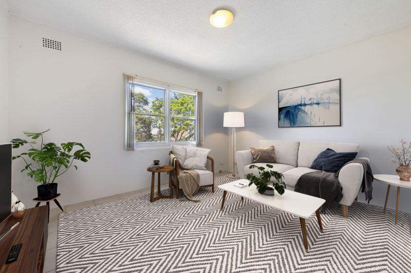 Easycare Apartment In Peaceful Cul-De-Sac