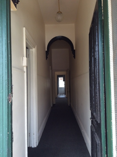 Two bedrrom, clean house close to public transport