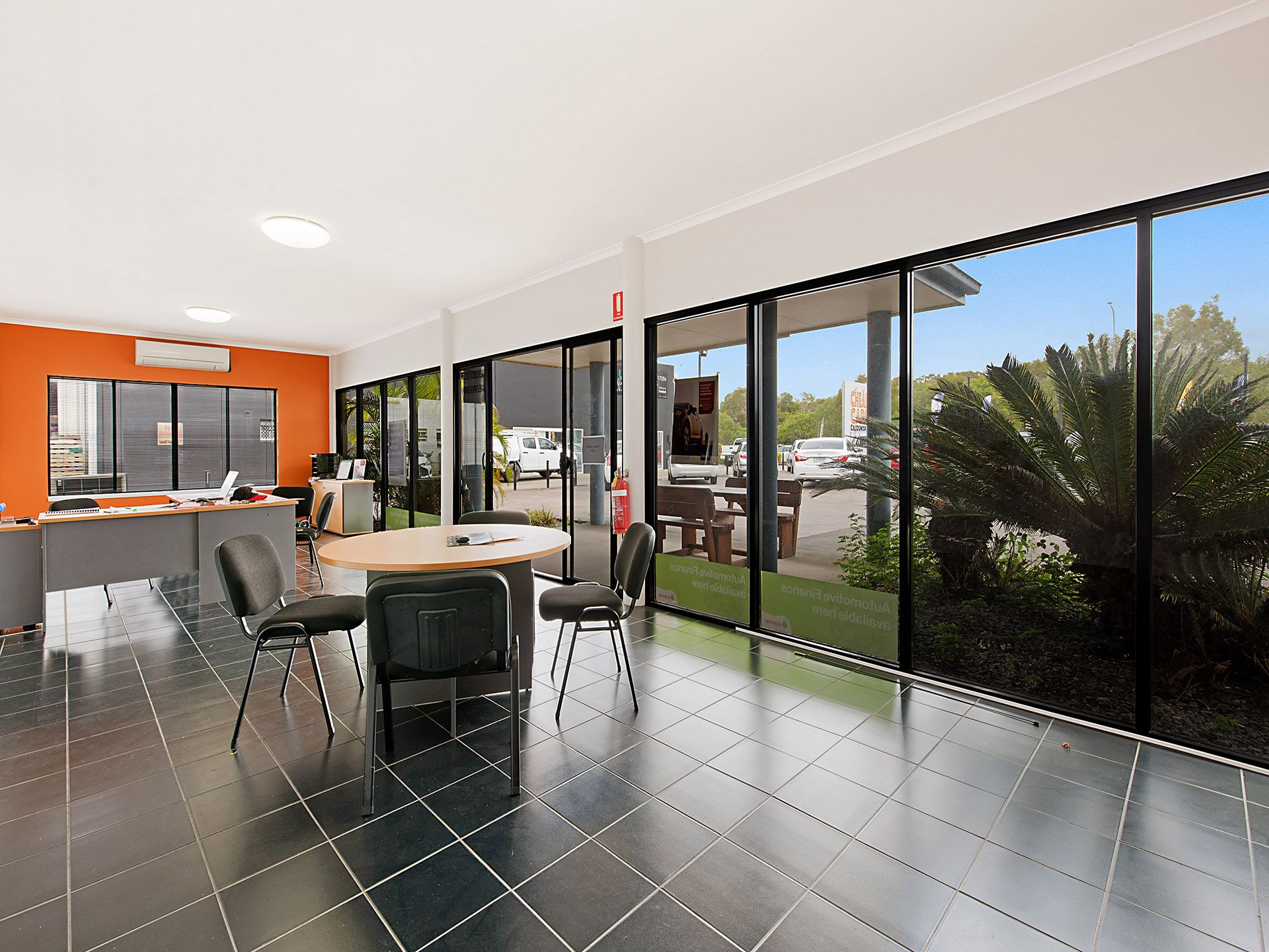 DISPLAY YARD AND OFFICE MAIN ROAD CALOUNDRA