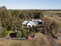 Absolute Wimmera River frontage