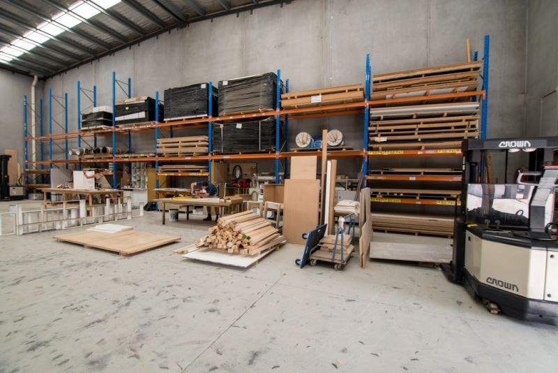 Modern office / Warehouse that ticks all the boxes!