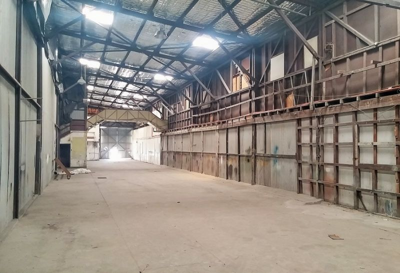 Rough Diamond - 330m² Warehouse with Office