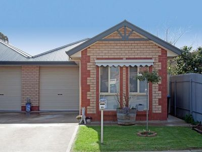 TORRENS TITLE COURTYARD HOME