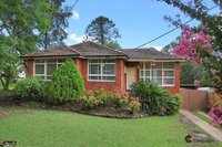 Family house with leafy outlook, gas cooking