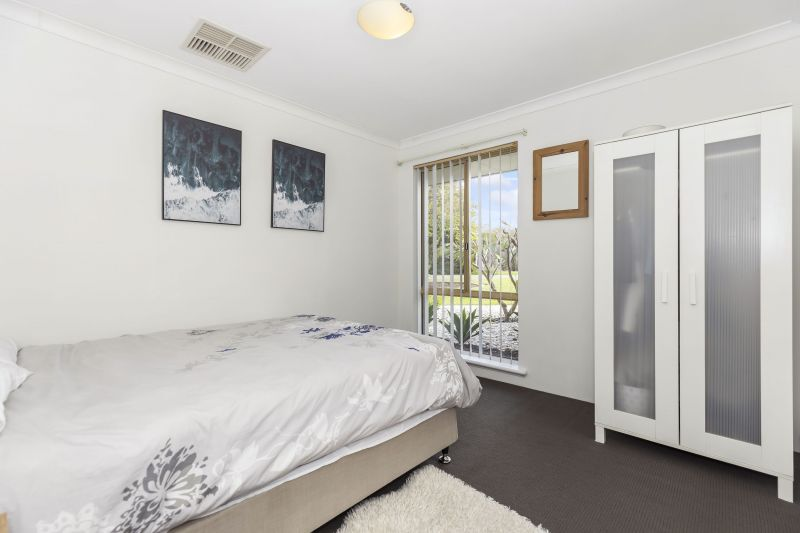 For Sale By Owner: 32 Silkeborg Crescent, Joondalup, WA 6027