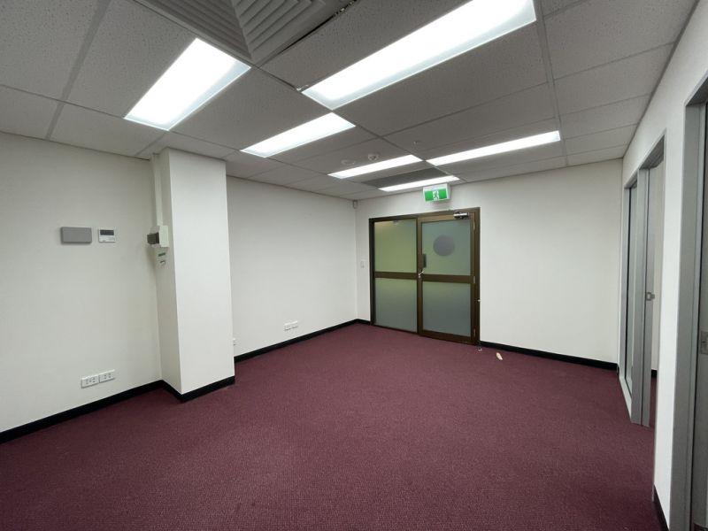 Ground Floor, Budget Friendly Office Space!