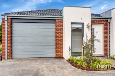 FIRST CLASS TENANT WANTED!  Perfectly Located in Werribee!