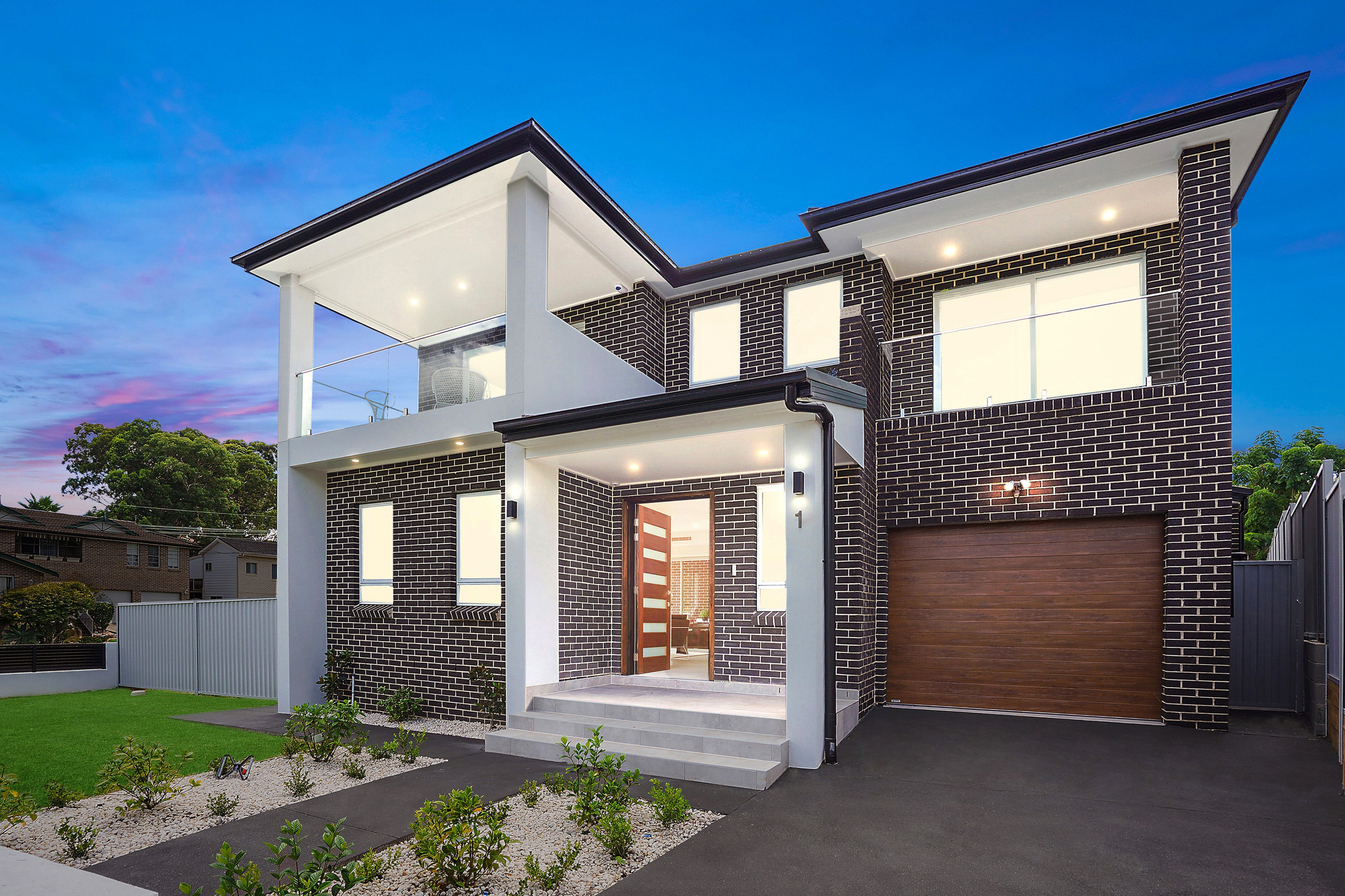 1 Bligh Close, Georges Hall NSW 2198