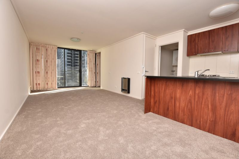 City Point: 13th Floor - Fantastic Inner City Apartment!