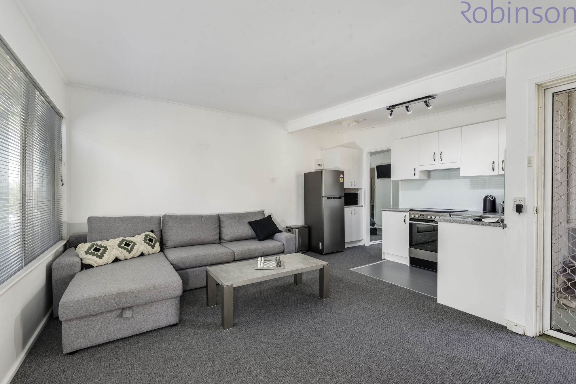 2/129 Brooks Street, Bar Beach