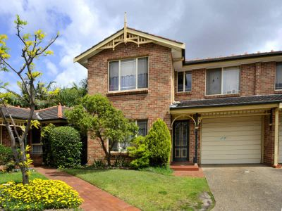 Immaculate Family Townhouse in Award Winning Tranquil Estate