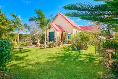 Perfectly Peaceful In Delightful Village Setting! - Furnished