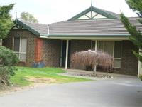 2 The Glade , WOODCROFT