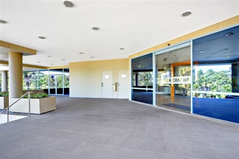 A - GRADE OFFICE SPACE IN SOUGHT AFTER COMPLEX