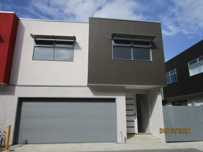 Newly Built Semi-Detached Town House Situated on Corner of Oakwood Road & McCann Drive