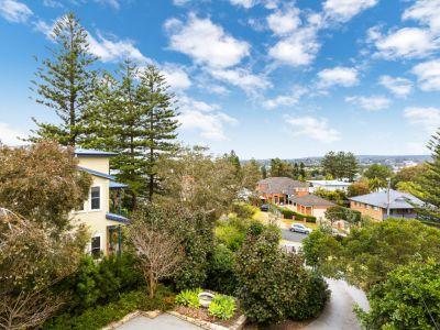 Beachside Impressive Executive Home