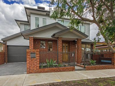 THREE/FOUR BEDROOM BRAND NEW HOUSE IN PERFECT LOCATION!!