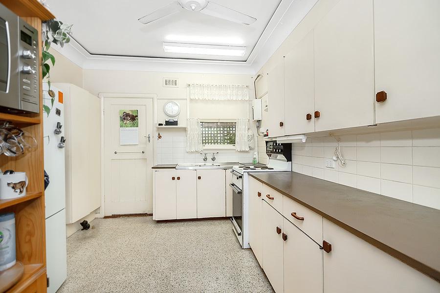 43 Winbourne Street, West Ryde